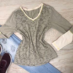 Patagonia / V-Neck Layering Long Sleeve T-Shirt M